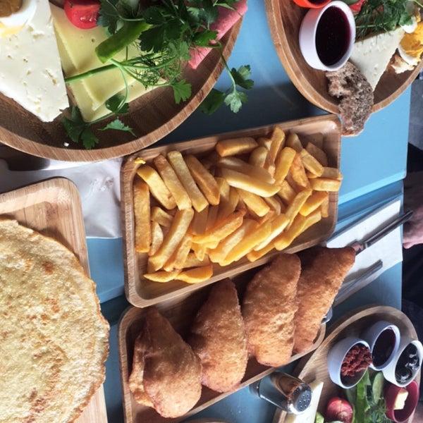 7/9/2017 tarihinde Ayşegül O.ziyaretçi tarafından Otlangaç Kahvaltı & Kafe'de çekilen fotoğraf
