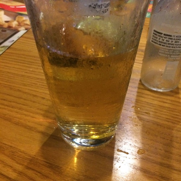 Photo taken at Chili's Grill & Bar by K M. on 5/26/2016