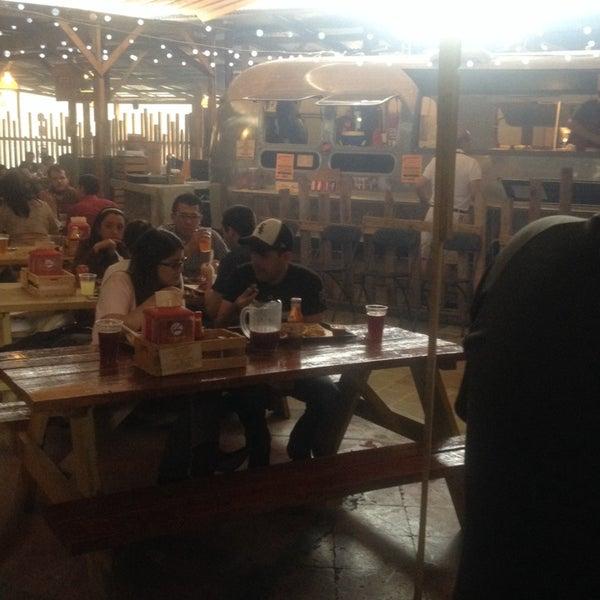 Foto tomada en Pinche Gringo BBQ Patio por Carolina G. el 8/30/2014