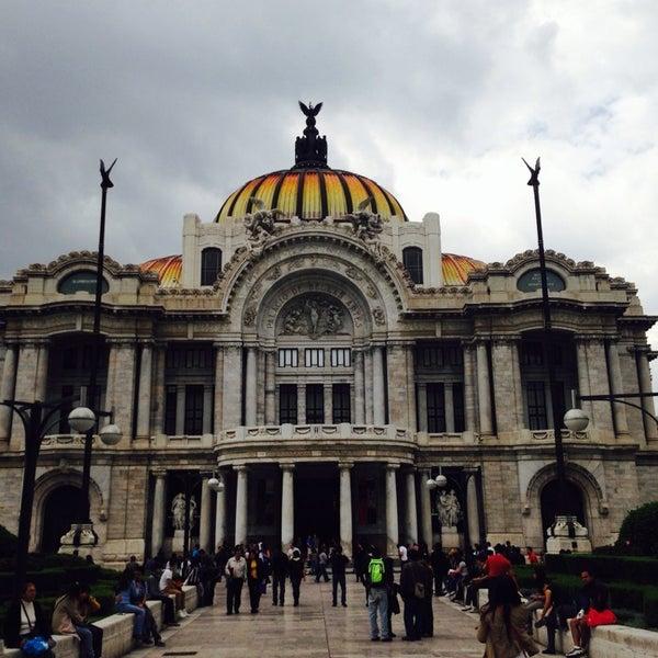 Foto tomada en Palacio de Bellas Artes por Javier P. el 6/22/2013