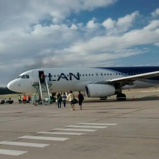 Foto tomada en Aeropuerto Internacional del Neuquén - Presidente Juan D. Perón (NQN) por Panchistelrooy el 12/29/2014