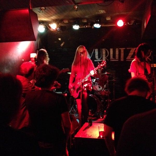 Foto tomada en Wurlitzer Ballroom por Luis R. el 12/7/2013