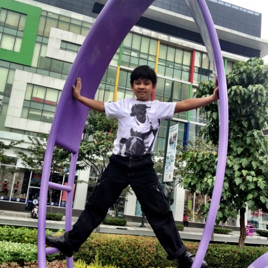 Photo taken at Bonifacio High Playground by Ala Y. on 12/2/2012