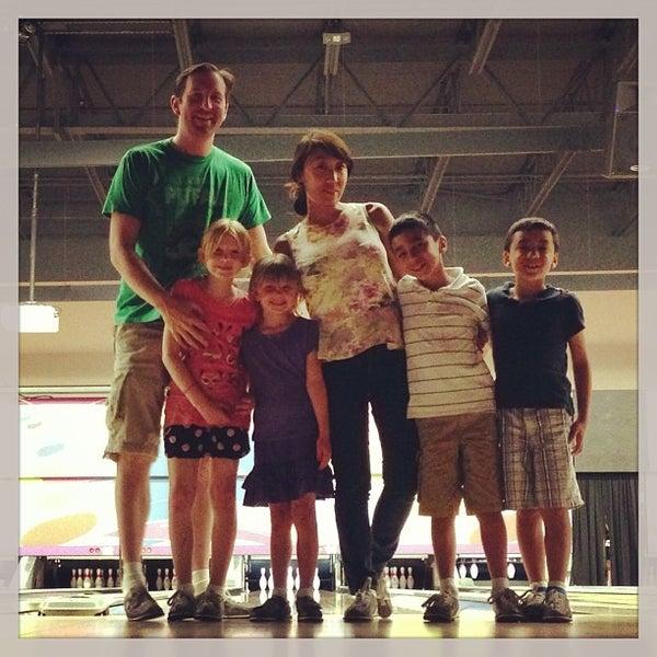 6/15/2013에 Jason B.님이 QC Family Entertainment에서 찍은 사진