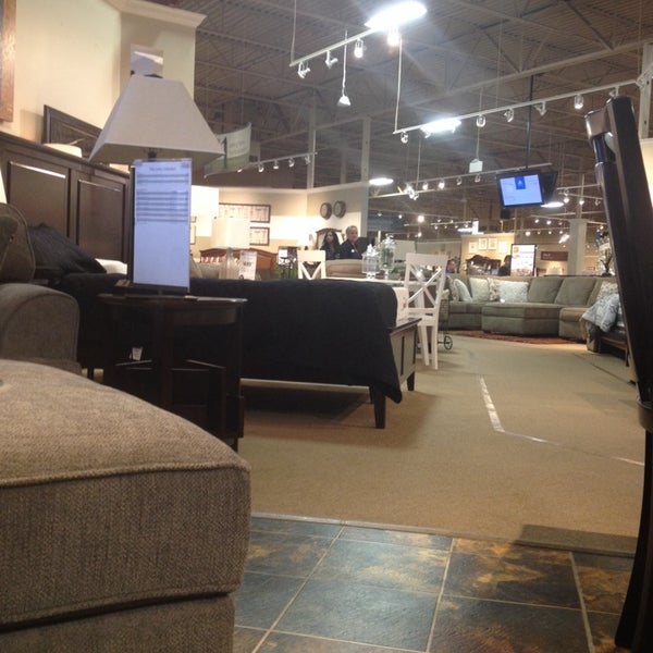 Ashley furniture homestore now closed 1 tip for Ashley furniture homestore canada