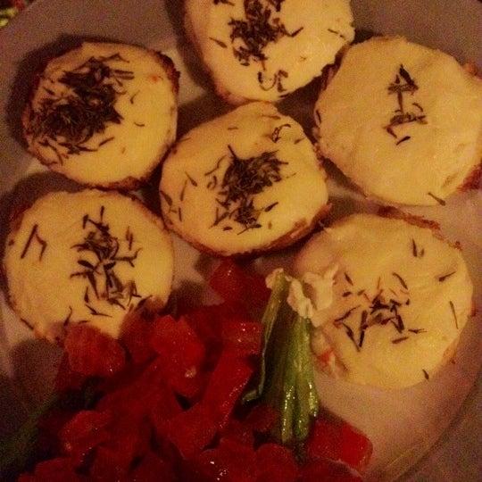 Foto tirada no(a) La Tartine Bistrot por Mayra C. em 12/16/2012