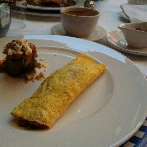 Foto tomada en Catedral Restaurante & Bar por selene S. el 11/17/2013