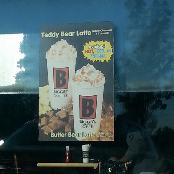 Photo taken at BIGGBY COFFEE by Heather H. on 10/10/2013