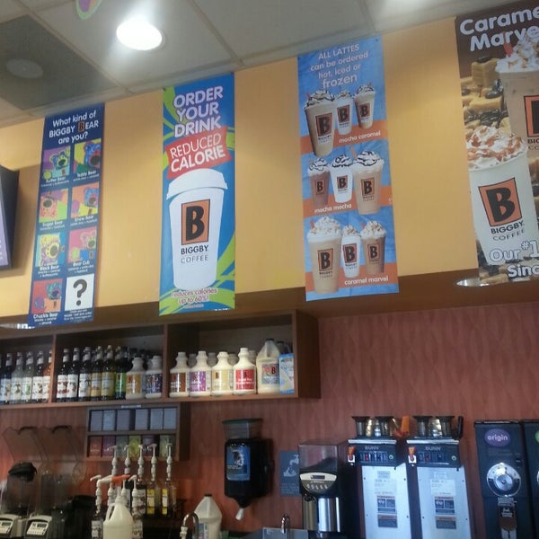Photo taken at BIGGBY COFFEE by Heather H. on 7/27/2013