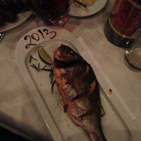 Снимок сделан в Ресторан Лагуна пользователем Lena G. 12/31/2012
