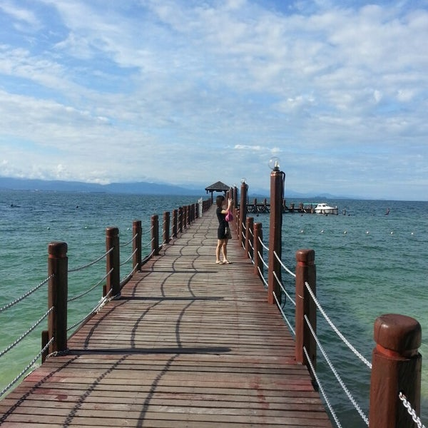 Photo taken at Manukan Island Jetty by Eng Siong on 4/26/2013