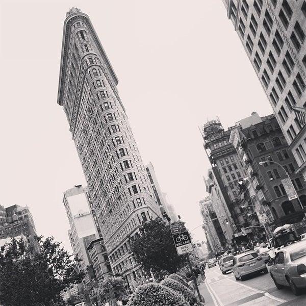 Foto diambil di Madison Square Park oleh Dmitry I. pada 5/14/2013