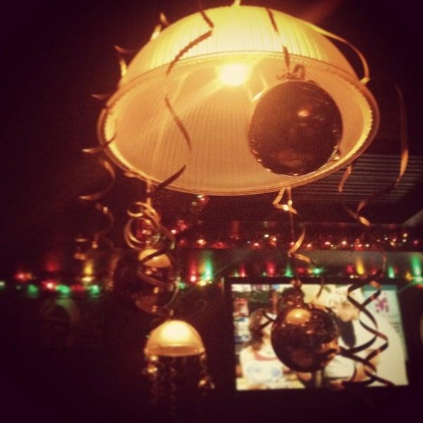 Снимок сделан в Papa's Bar & Grill пользователем Yuliya M. 12/21/2012