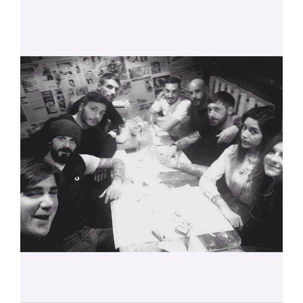 Foto scattata a QUARTO Burger & Drinks da Chiara D. il 12/3/2014