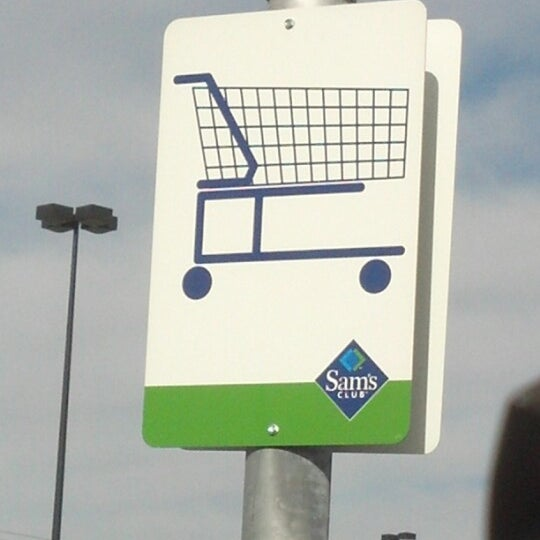 Photo taken at Sam's Club by Peter H. on 10/15/2012