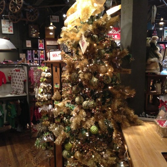 Photo taken at Cracker Barrel by Clay A. on 12/16/2012
