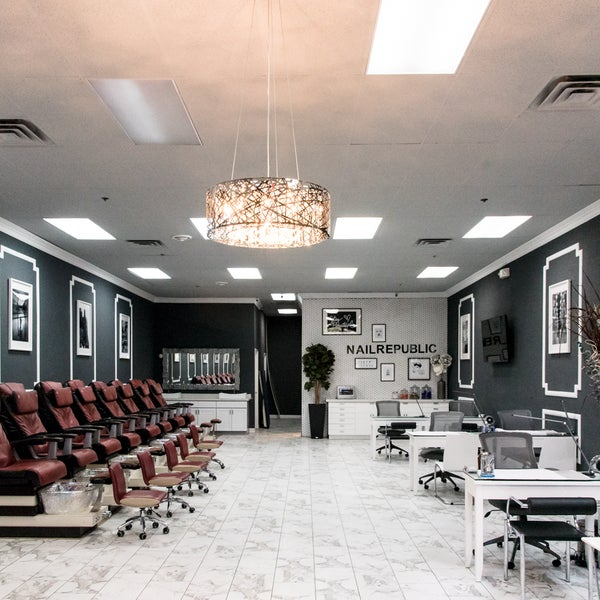 Photos at Luxy Nail Salon - Nail Salon in Las Vegas