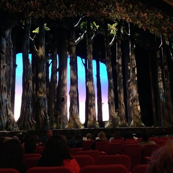 5/16/2013にLisa S.がBroadway Theatreで撮った写真