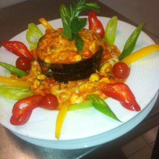 12/16/2012 tarihinde Engin T.ziyaretçi tarafından Foça Fish Gourmet'de çekilen fotoğraf
