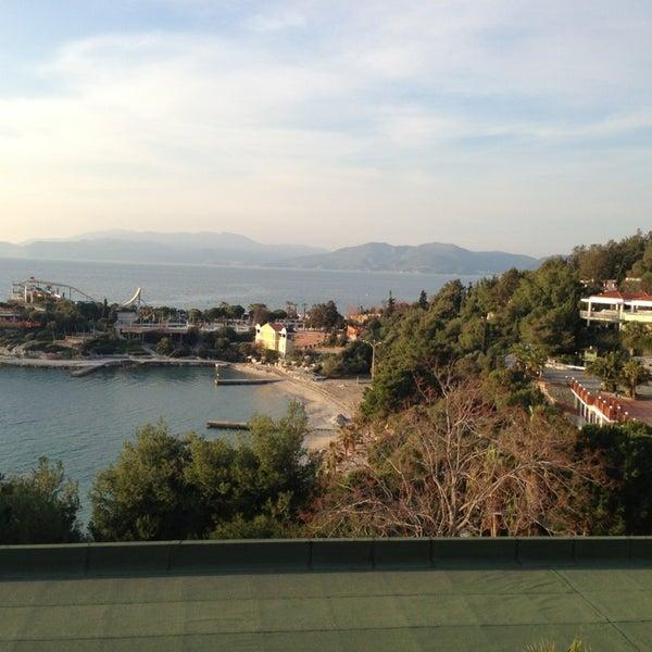2/16/2013 tarihinde Volkanziyaretçi tarafından Pine Bay Holiday Resort'de çekilen fotoğraf