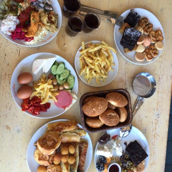 9/19/2018 tarihinde Tolga G.ziyaretçi tarafından Seyir Cafe'de çekilen fotoğraf