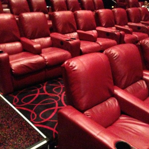 amc fresh meadows 7 movie theater in fresh meadows