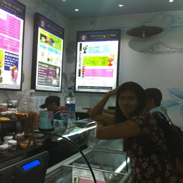 Photo taken at Ice Cream Works by sachin q. on 9/5/2013