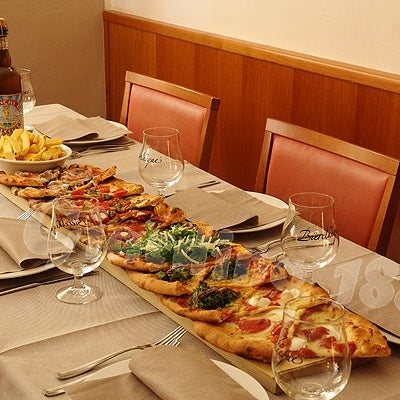 Foto scattata a Il Giardino 1886 da Il Giardino 1886 il 10/2/2013