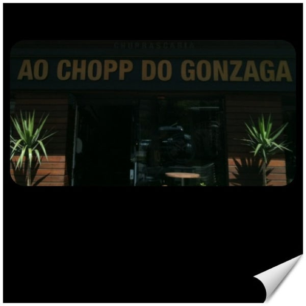 Foto tirada no(a) Ao Chopp do Gonzaga por Teixeira V. em 2/23/2013