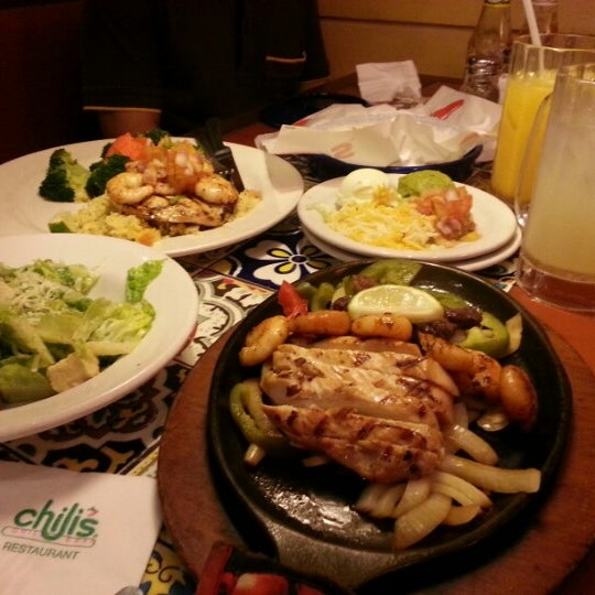 Photo taken at Chili's Grill & Bar Restaurant by Uya A. on 12/15/2012