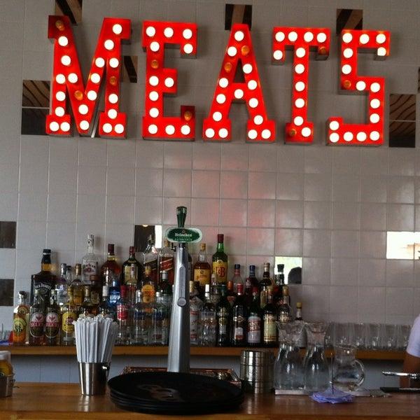 Foto tirada no(a) Meats por Eduardo N. em 2/28/2013