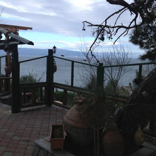 1/20/2013 tarihinde Emre Î.ziyaretçi tarafından Çamlı Kahve'de çekilen fotoğraf