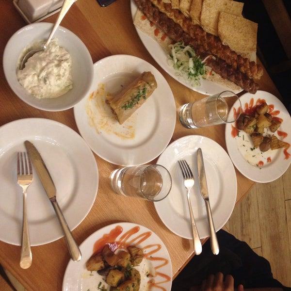 Снимок сделан в Old Erivan Restaurant Complex пользователем Nilüfer A. 12/26/2015