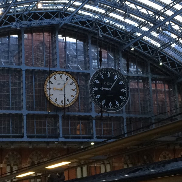 Photo taken at London St Pancras International Railway Station (STP) by Jo V. on 6/8/2015