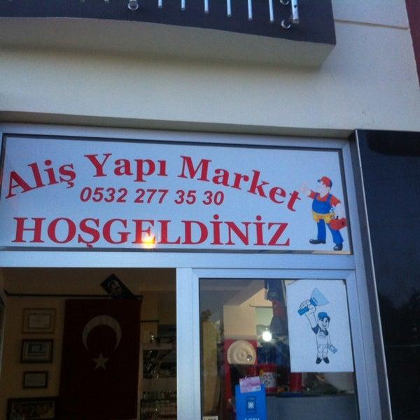 Photo taken at Aliş Yapı Market by Hursid Aliş Y. on 10/9/2013