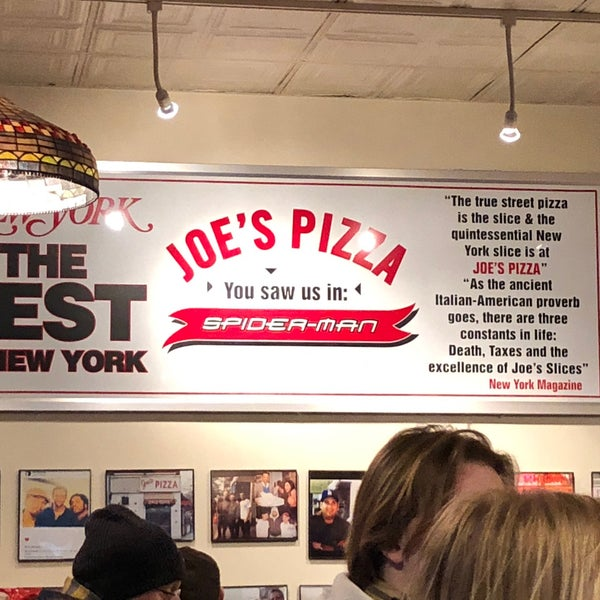 Foto tomada en Joe's Pizza por T T. el 4/2/2018
