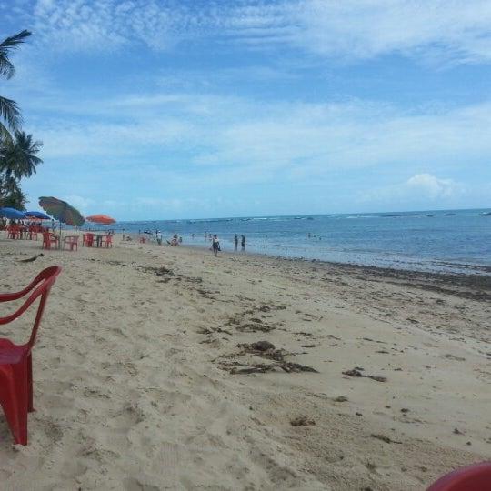 Foto tirada no(a) Praia da Garça Torta por Rodrigo P. em 12/29/2012