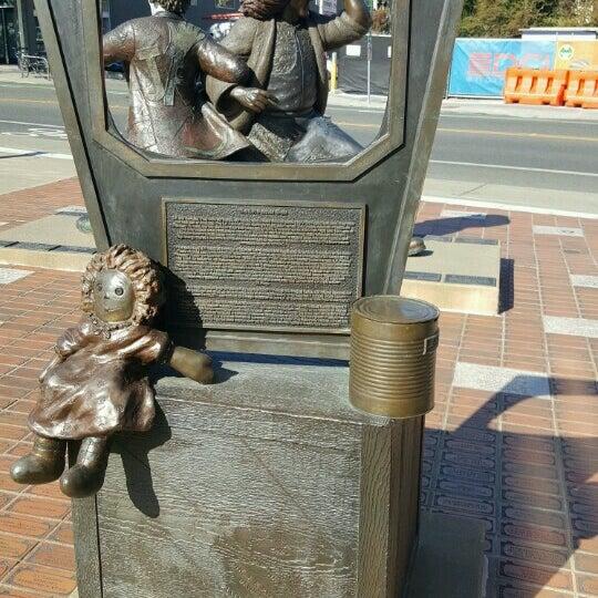 J p patches statue fremont 294 visitors for Yard statues las vegas