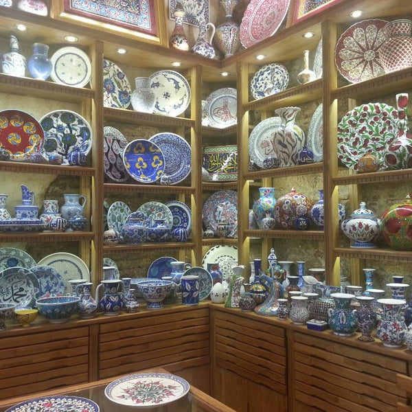 Best iznik potery and tiles in grandbazzar