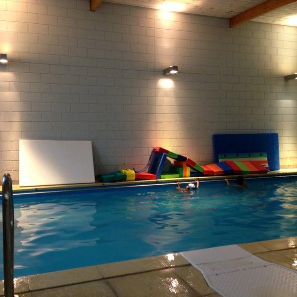 Piscine l 39 o lisse grimgn ye 1 conseil de 18 visiteurs for Conseil piscine