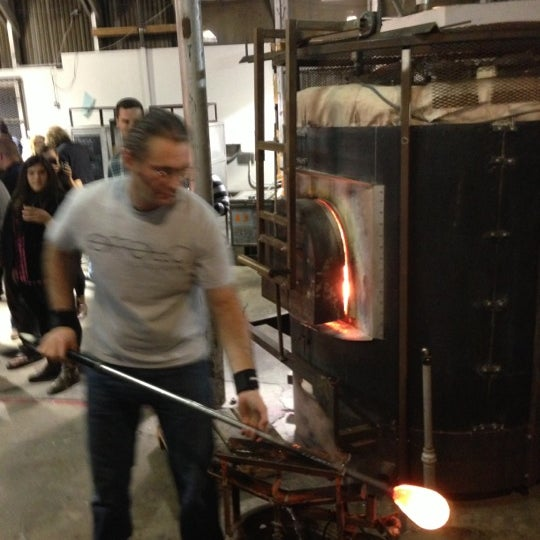 12/9/2012 tarihinde Daniel M.ziyaretçi tarafından Public Glass'de çekilen fotoğraf