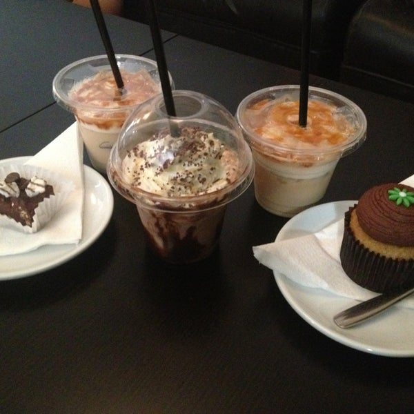 Photo taken at Canada Coffee by Reyes G. on 8/22/2013
