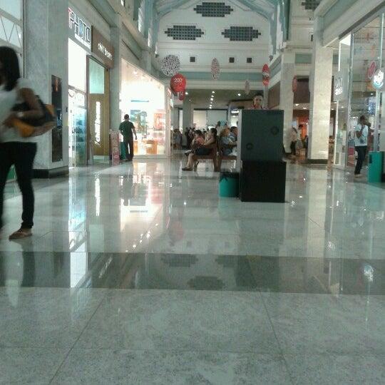 Foto tirada no(a) Teresina Shopping por   Adriano N. em 12/24/2012