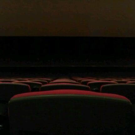 รูปภาพถ่ายที่ Кинотеатр «Россия» โดย Дима B. เมื่อ 1/28/2013