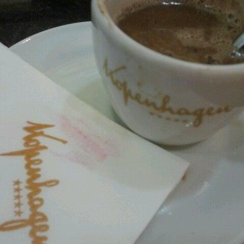 Foto tirada no(a) JL Shopping por Karenn M. em 12/22/2012