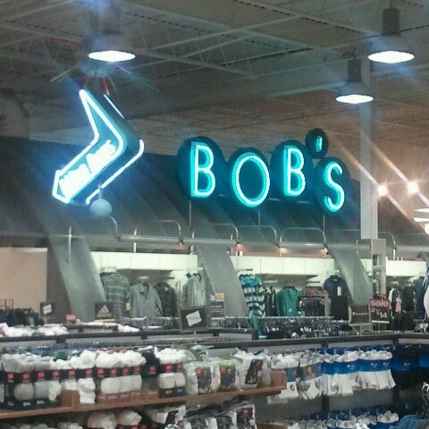 Apr 11,  · Nine Connecticut locations of Bob's Stores may close, according to bankruptcy proceedings for the clothing and shoe store's parent company, Eastern Outfitters LLC.