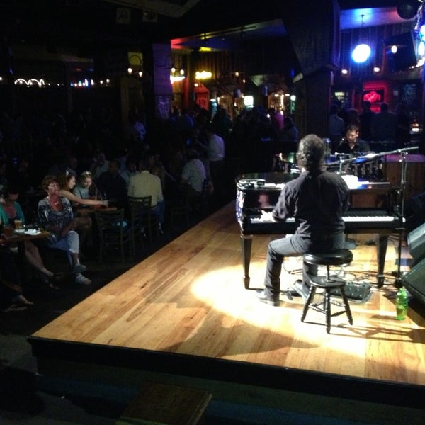 Photo taken at Jellyrolls by Andy H. on 1/30/2013