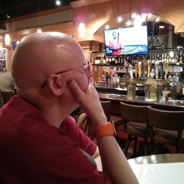 Photo taken at Red Robin Gourmet Burgers by Scott S. on 3/29/2013