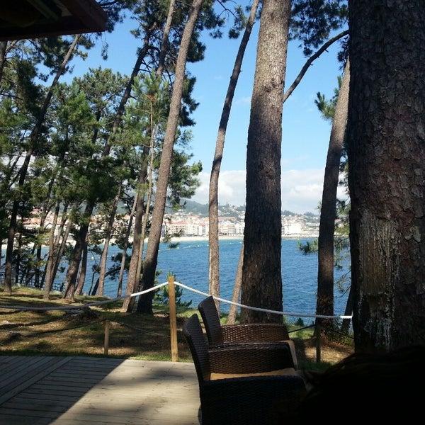 Foto tomada en Gassho Sanxenxo Lounge Bar-Café por Angel P. el 7/17/2014