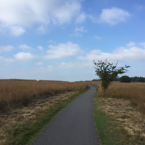 Photo taken at Nationaal Park De Hoge Veluwe by Yulia V. on 10/10/2015